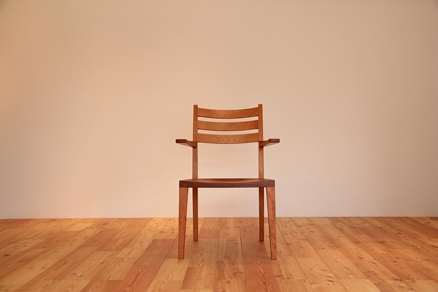 あぐらアームチェア / Agura Arm Chair