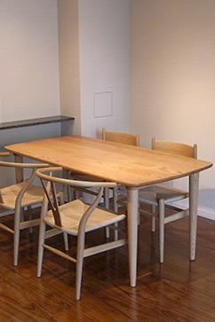 C402 Dining Table (Oak)